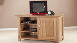 Cambridge Solid Oak Small TV Cabinet